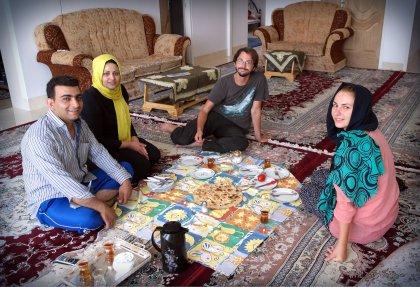 Śniadanie u naszych gospodarzy w Abarkouh