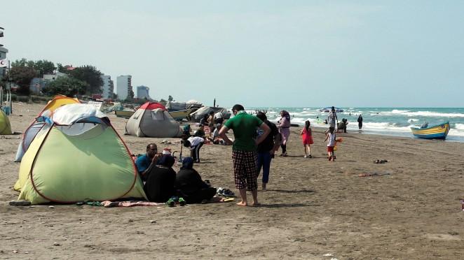Jedyny słuszny namiot - każdy Irańczyk taki ma!